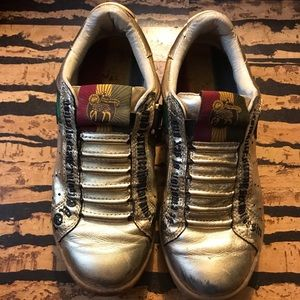 L.A.M.B. By Royal Elastics Love gold sneakers Sz 7